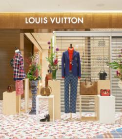 Louis-Vuitton-Fenster-Pop-up-Oberpollinger-5